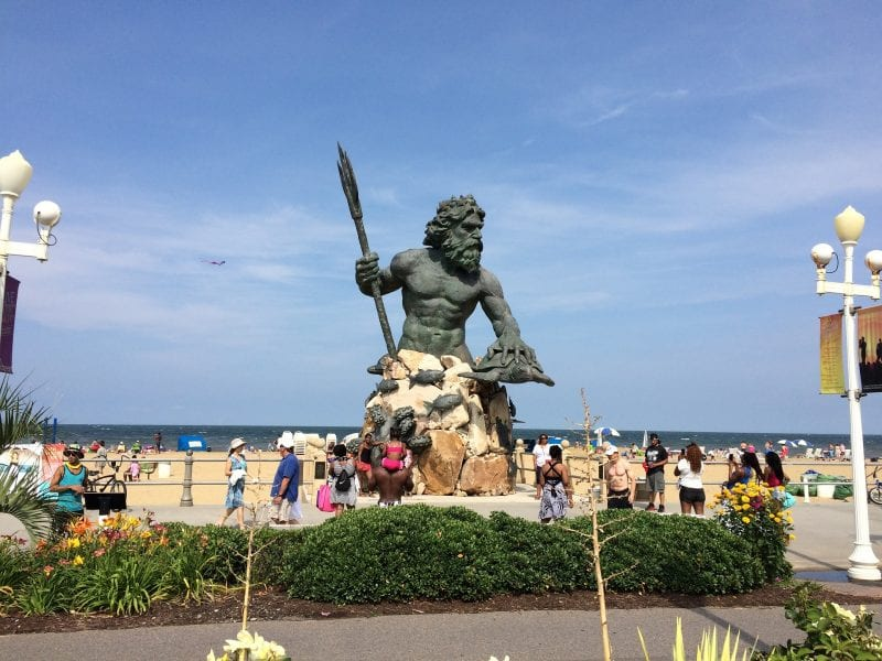 Love The Moment This Summer At Virginia Beach | winterandsparrow.com #virginiabeach #summer