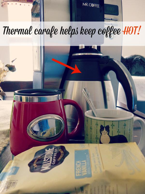Thermal carafe helps keep coffee hot! #CoffeeJourneys #shop #cbias savingmorethanme.com