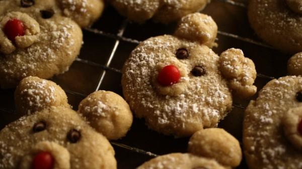 Christmas polar bear cookies