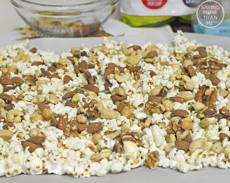 Spring Snack Mix Recipe {With Free Printable}