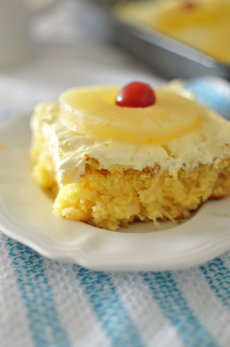 Let's Hold Onto Summer With This Pineapple Lush Cake Recipe