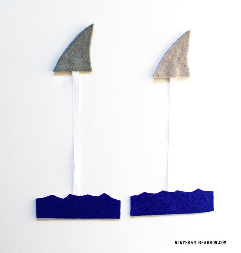 Make Your Own Shark Fin Bookmark #sharkweek