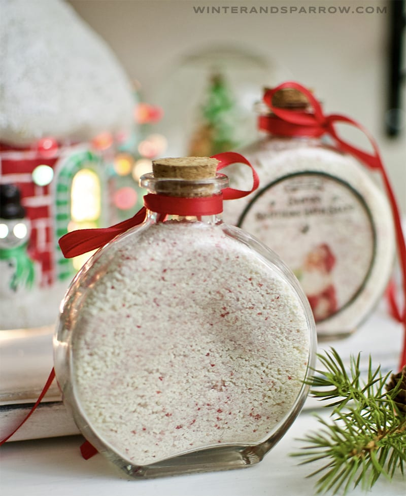 Cheap Christmas Gifts Ideas: Santa's Soothing Bath Salts {Free Label Download} Under $2 A Bottle | winterandsparrow.com #cheapchristmasgifts #soothingbathsalts #giftideas